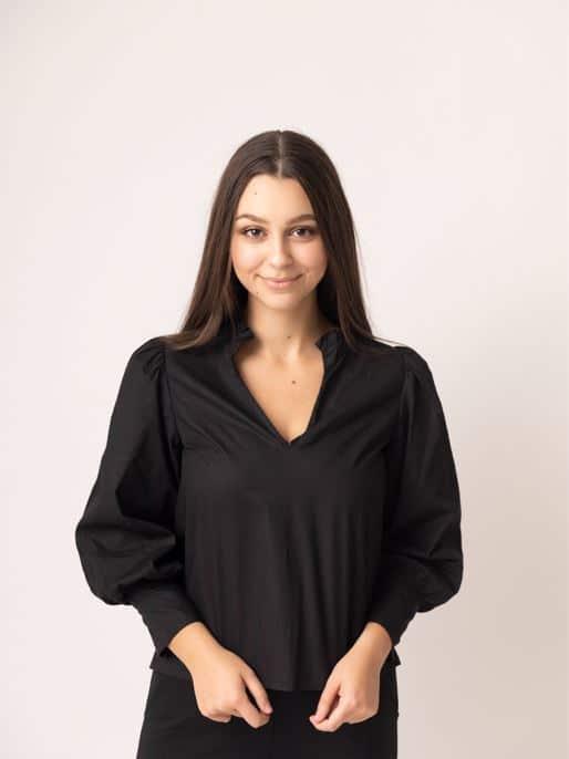 Matilda Smolij piano instructor nky